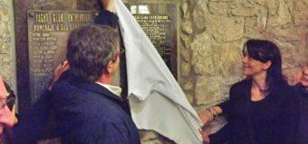 Descubrimiento Placa Homenaje a Comodoros